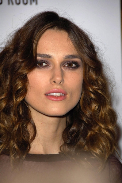 Look here's our lovely Keira Knightley - cor! what a pair she's got, ay!