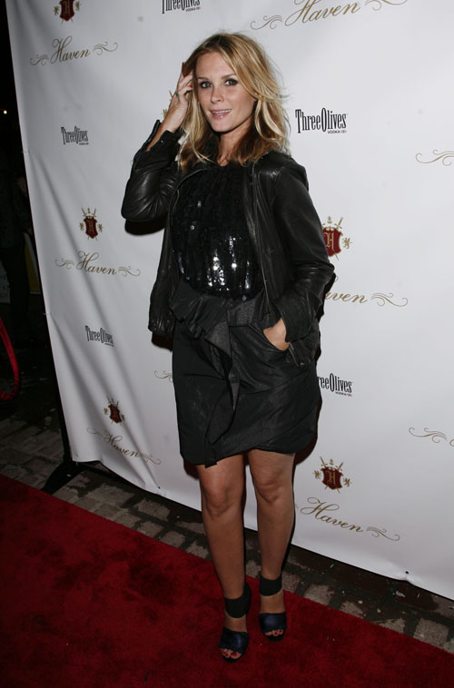 bonnie somerville dating How can the answer be improved.