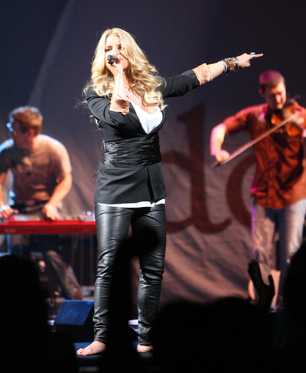 Jessica Simpson performing at John Paul Jones Arena in Charlotte