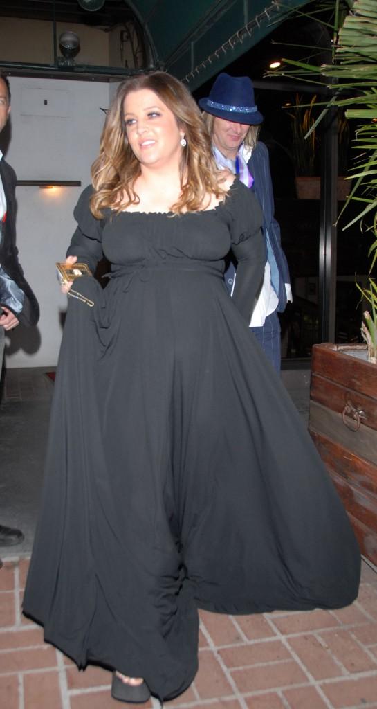 Lisa Marie Presley Pregnant 55