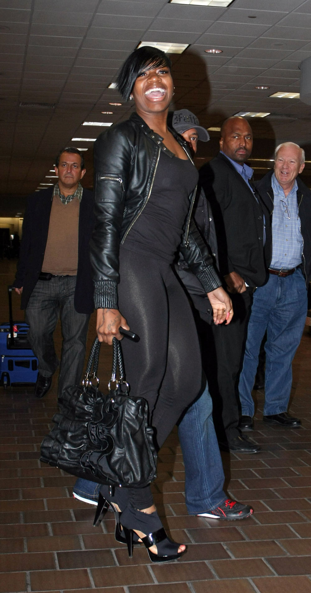 fp_2031079_fantasia_barrino_lands_at_laguardia_airport_
