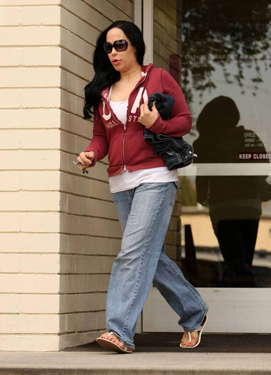 nadya suleman pregnant belly. Here#39;s Nadya on March 11th.