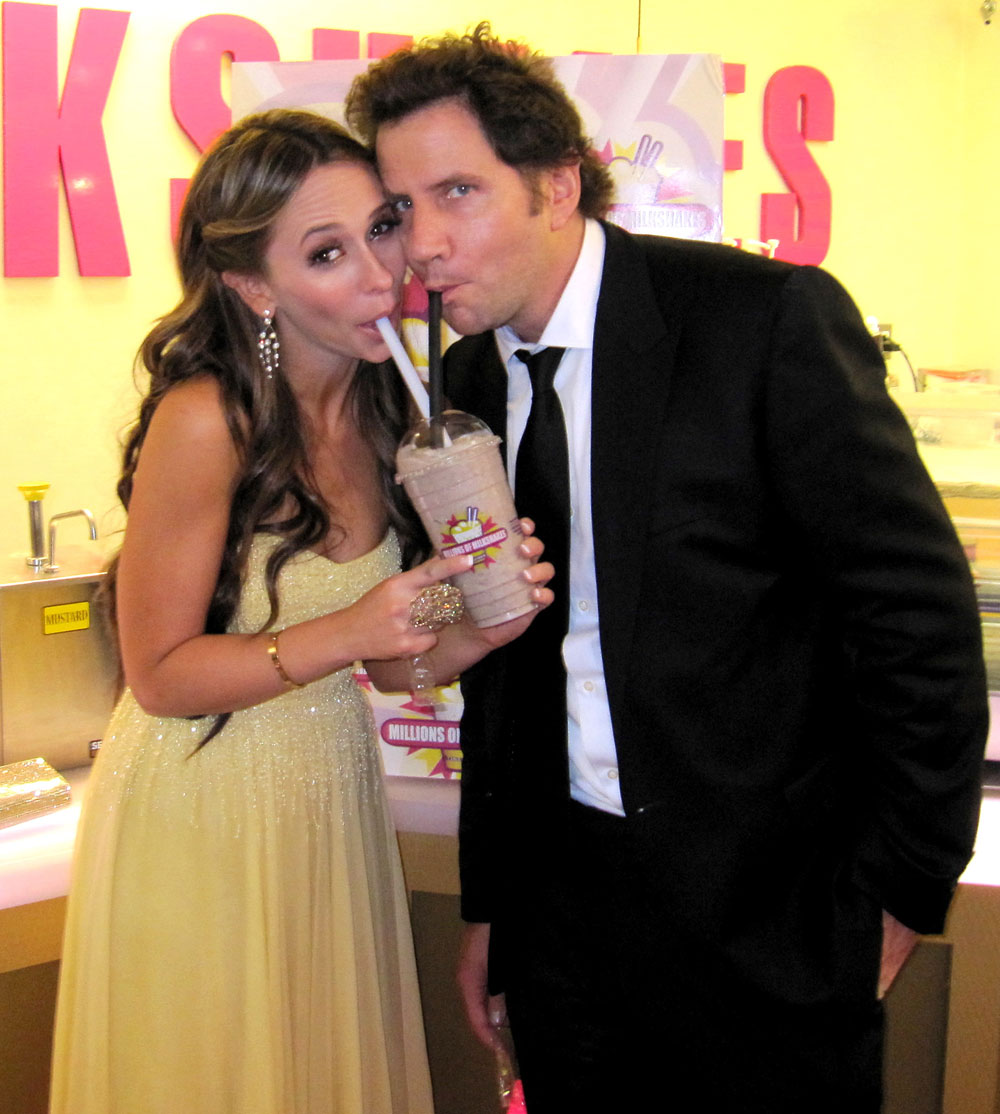 are jennifer love hewitt and jamie kennedy still dating 2011