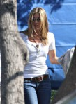 fp_3768236_aniston_jennifer_dmx-fp_100809