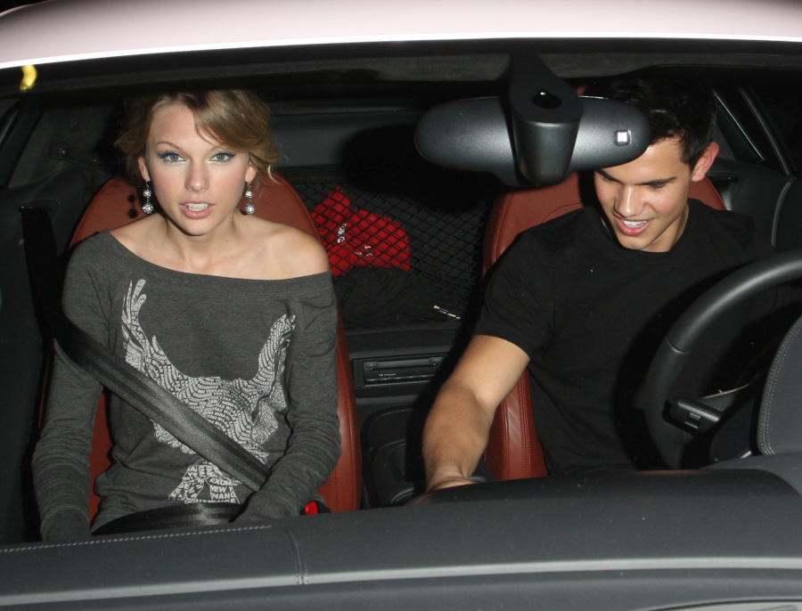 Taylor swift dating jim davis