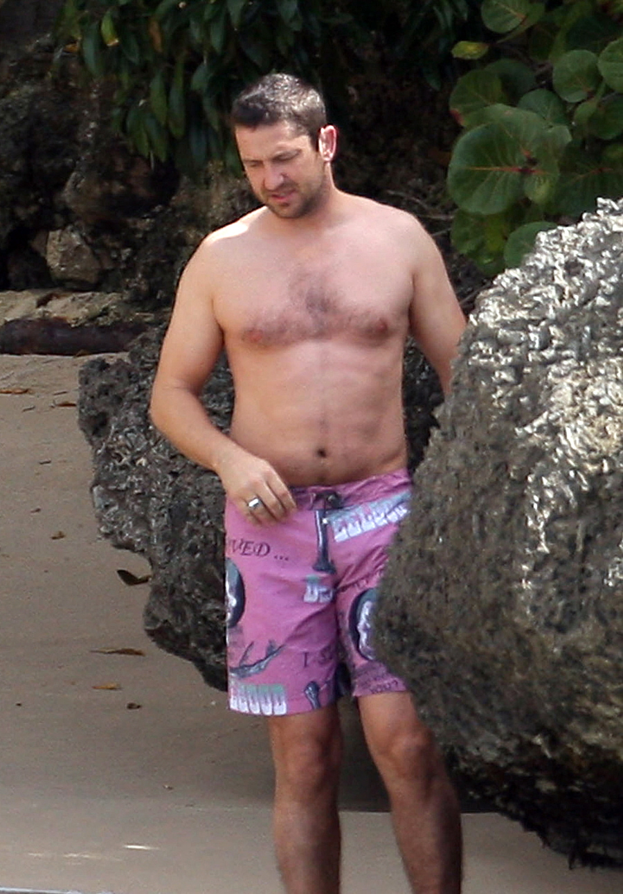 Cele Bitchy Are Gerard Butler S Gut Amp Moobs The End Of