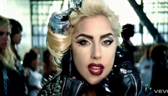 Oh, and I love the soda cans rolled up in Gaga's hair. That cracked me up.