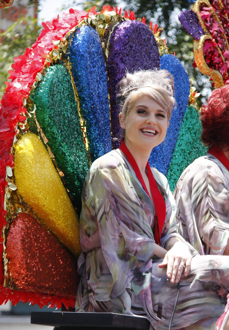 wenn2886718 Re: Solange at San Francisco's Gay Pride Parade   6/28
