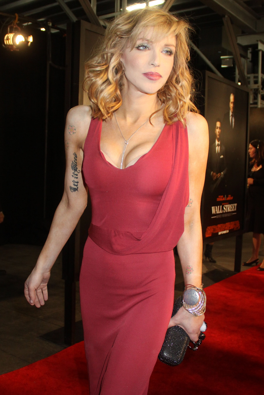 Credit Union Nyc >> Cele bitchy   Courtney Love shows off her new (alleged) plastic surgery: is it better or worse?