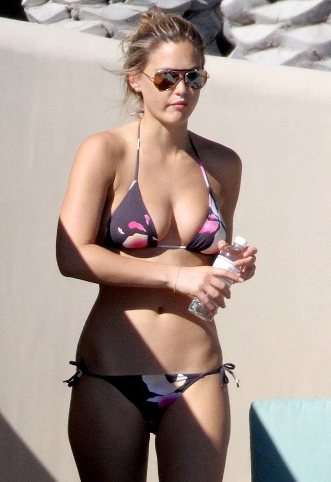 Bar Refaeli's magnificent bikini body. [Pop Sugar] Was Kristen Stewart out