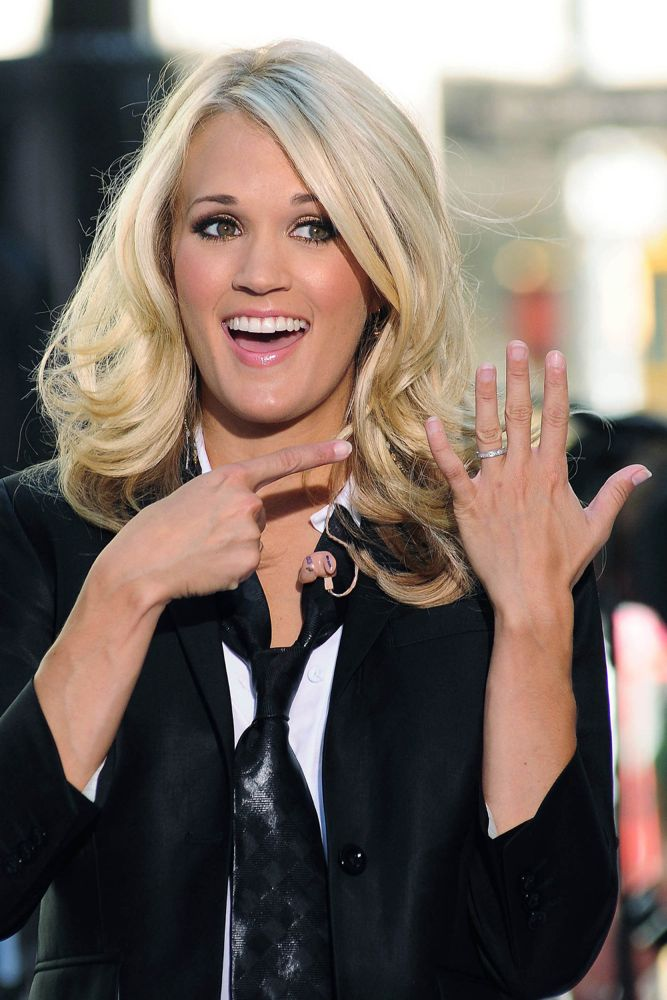 Cele bitchy carrie underwood was a bitch to leighton for Who is carrie underwood married too