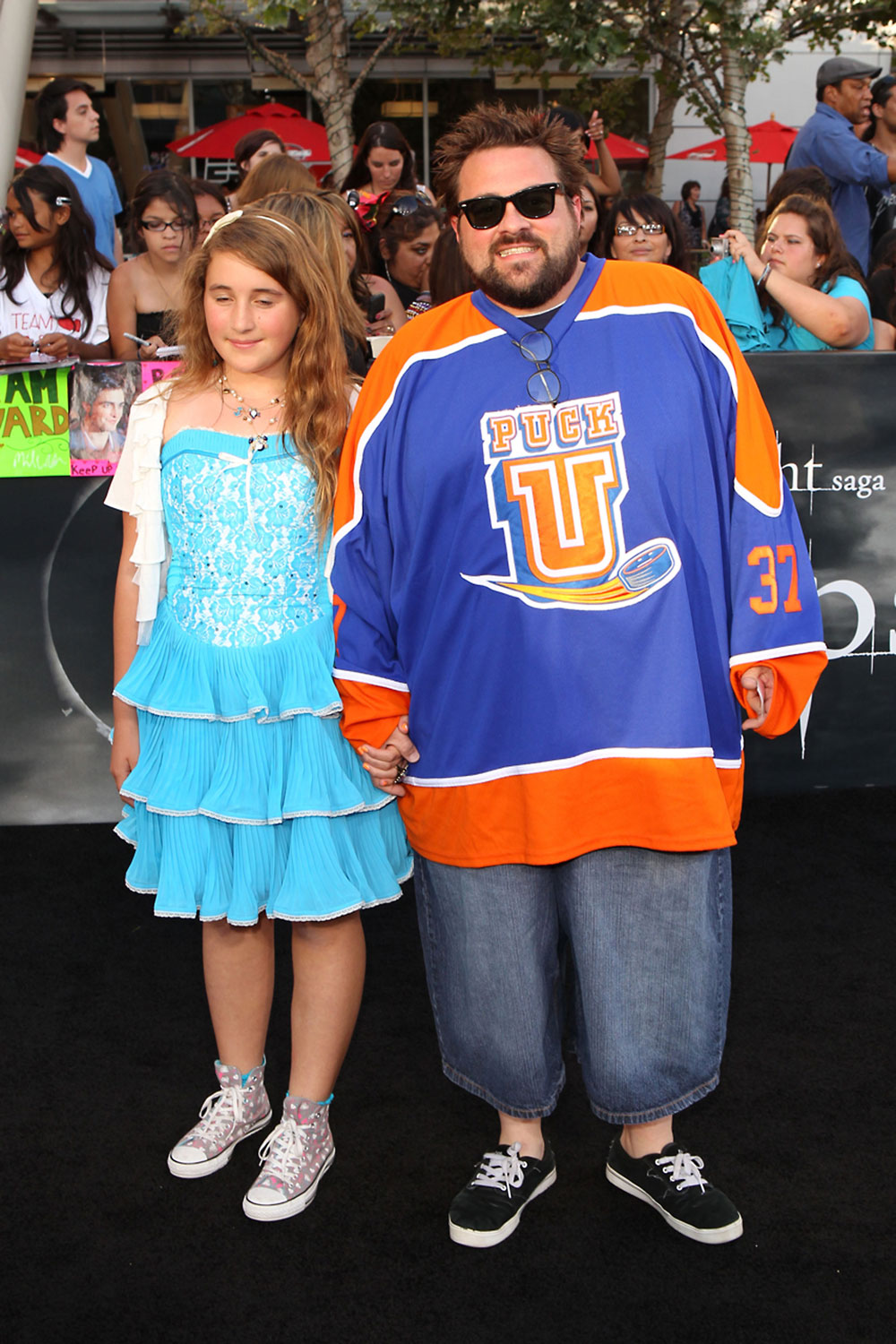 Kevin Smith loses 65 pounds  but wears the same hockey jersey he    Kevin Smith Daughter