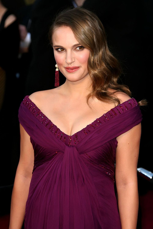 images of Natalie Portman Nipple