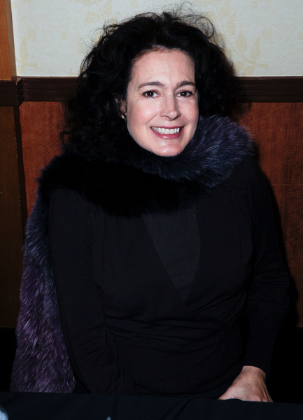 Photos of Sean Young from December 2010 ...
