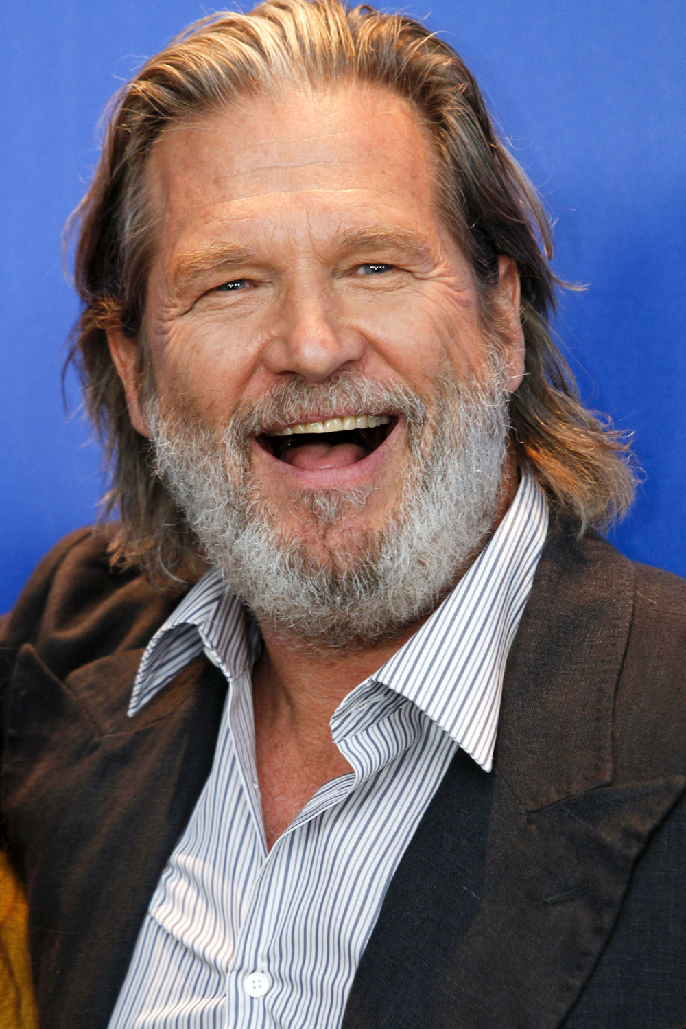 Cele Bitchy Jeff Bridges Handed Out Food To Homeless