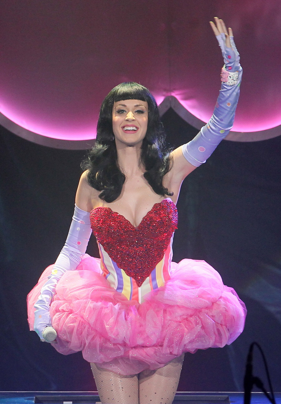 Katy Perry Concert Costume Change