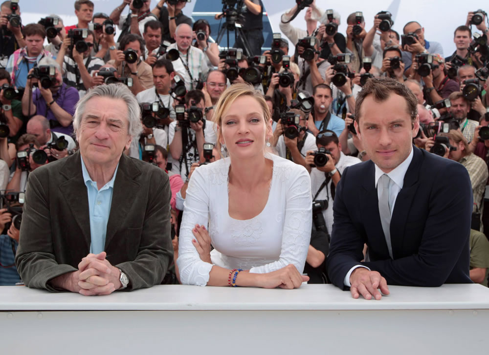 fp_7292516_ang_cannes_jury_photocall_19_44