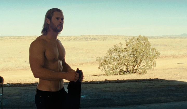 thorshirtless1