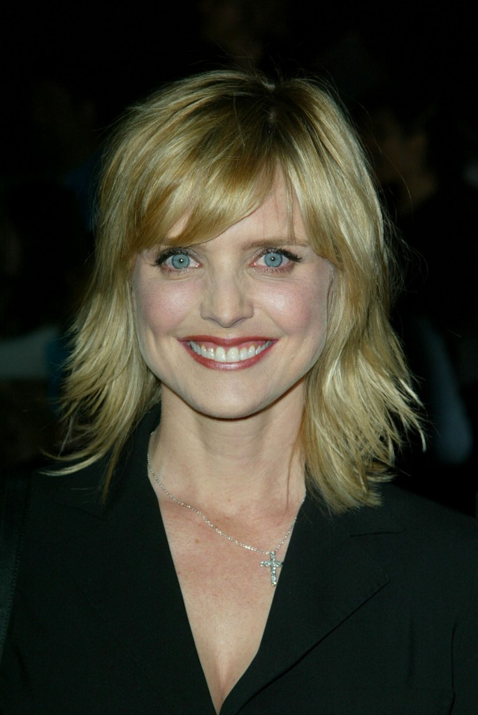 Cele Bitchy Courtney Thorne Smith Is The New Frozen Face