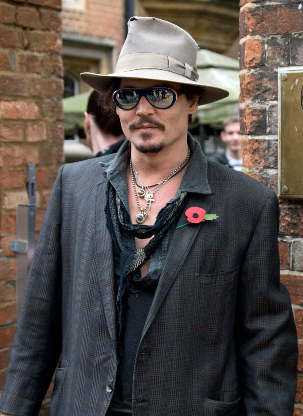 cele bitchy johnny depp outside the big cities in the us they don t want intelligent films. Black Bedroom Furniture Sets. Home Design Ideas