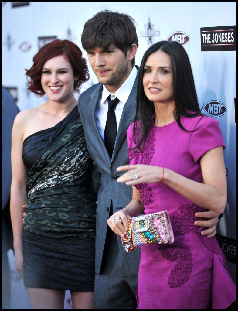 ashton kutcher demi more