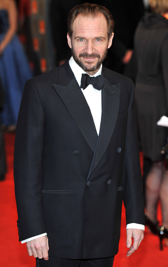 Cele bitchy hot guy baftas who was the sexiest dude in for Jean dujardin bafta