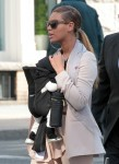 FFN_Beyonce_BabyWalkINI_031312_8867588
