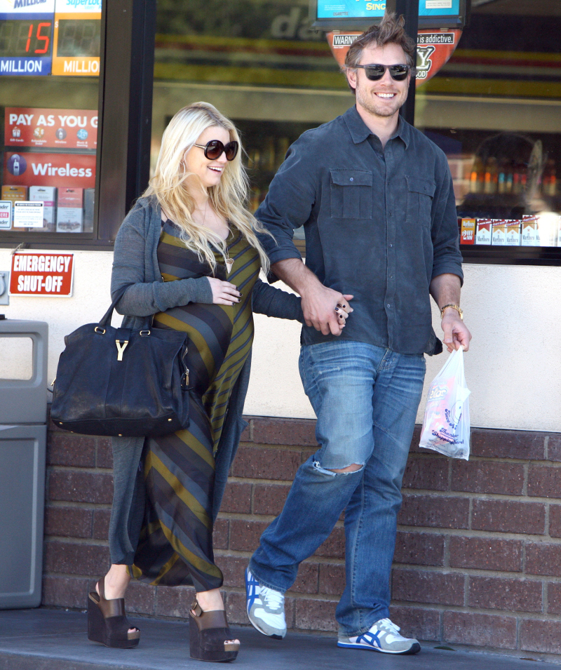 Jessica Simpson's TMI-extravaganza began while she was still pregnant ? the ...