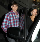 FFN_Kutcher_Kunis_Exc_THUMBS42_072612_50844132