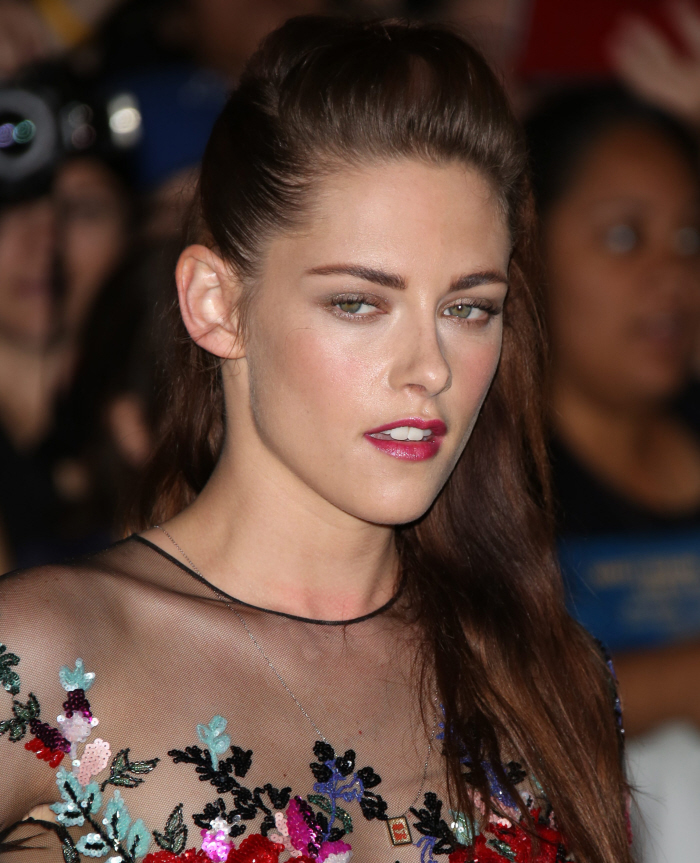 Cele|bitchy | Kristen Stewart is NOT back with Sparkles ...
