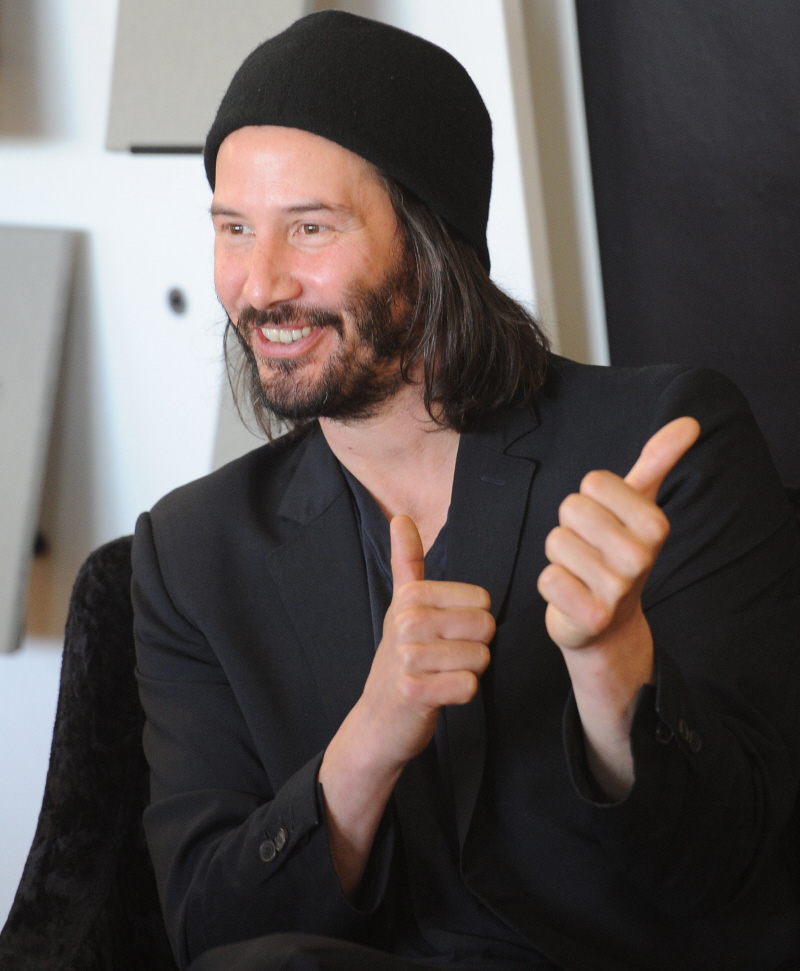 Amazing Cele Bitchy Keanu Reeves Is Sad Because He Has Mild Alopecia Short Hairstyles For Black Women Fulllsitofus