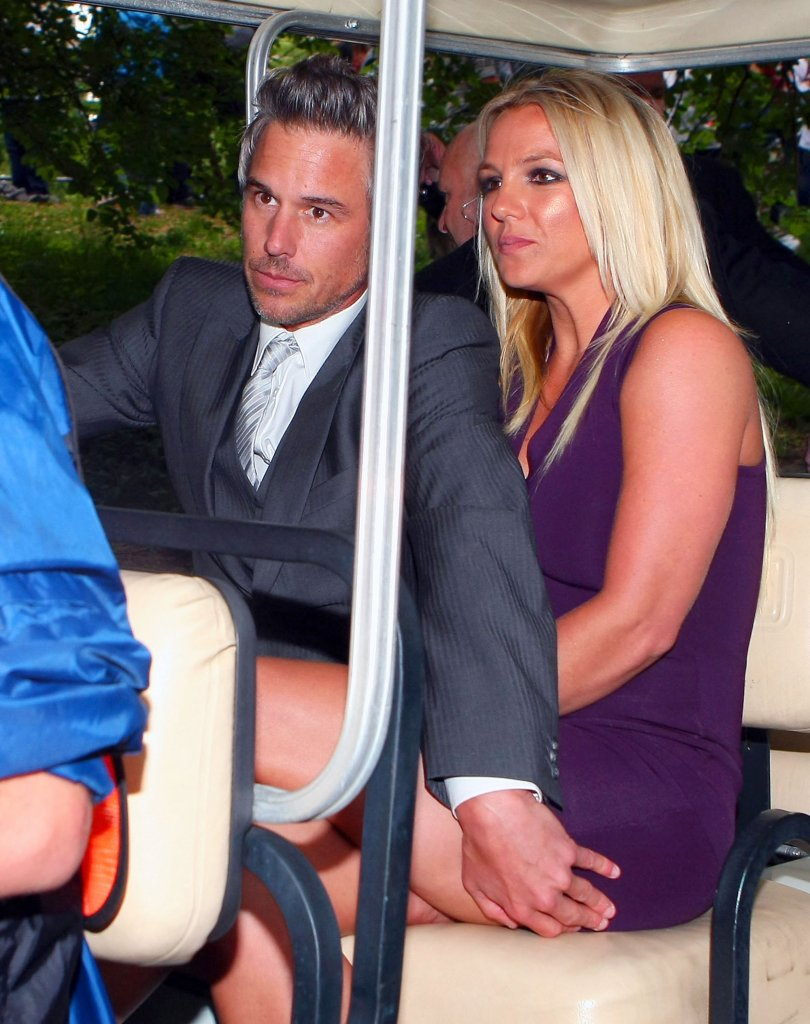 Britney And Jason Heading To An Ice Skating Rink