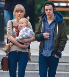 FFN_Styles_Swift_TeachFF_120212_50959787_midres