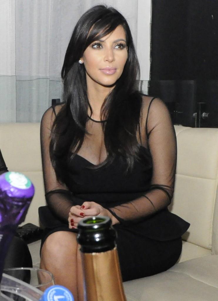 FFN_CHP_Kardashian_Kim_011913_50994578