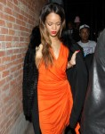 FFN_Rihanna_THUMBS42_021413_51015394