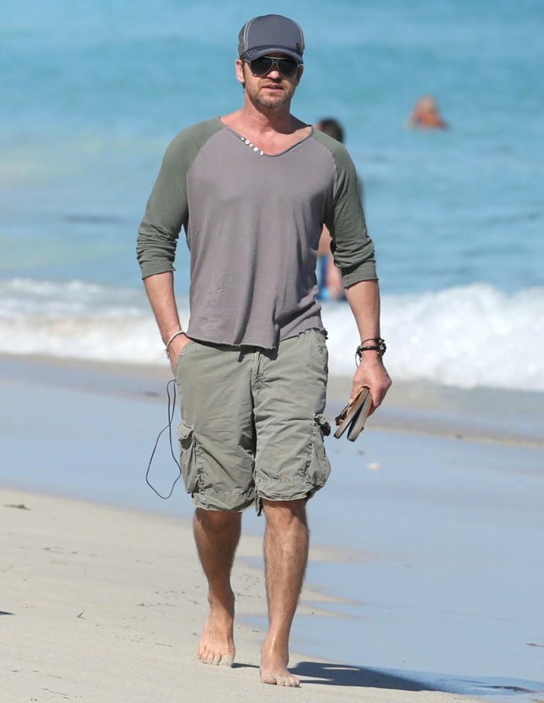 Cele|bitchy | wenn20105292 Bradley Cooper