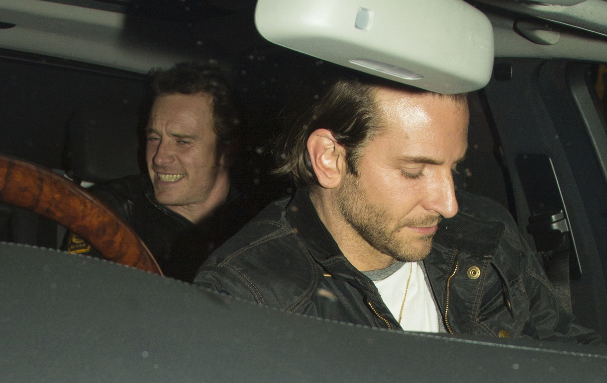 Michael Fassbender & his new 'mystery girlfriend' had dinner with ...