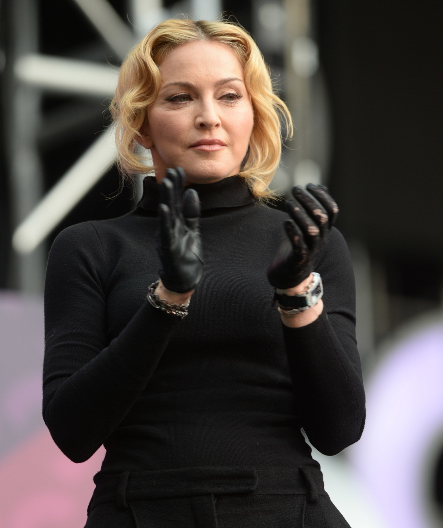Leather work gloves best - Madonna Shows Off Her New Puffy Face At The Sound Of Change