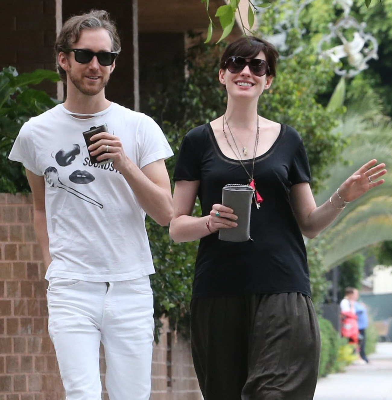 Is Anne Hathaway Hiding A Baby Bump