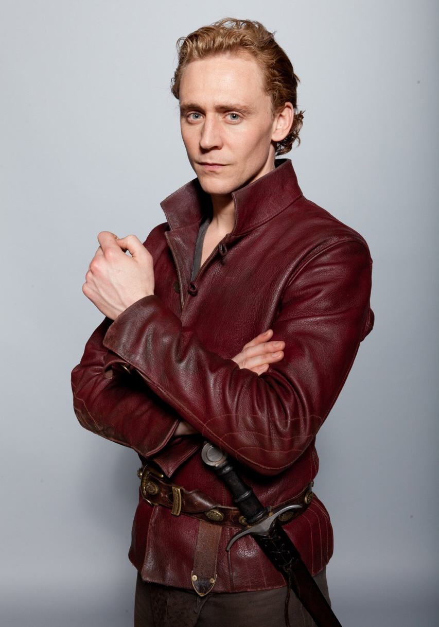 Cele bitchy   Tom Hiddleston talks about his daddy issues ...