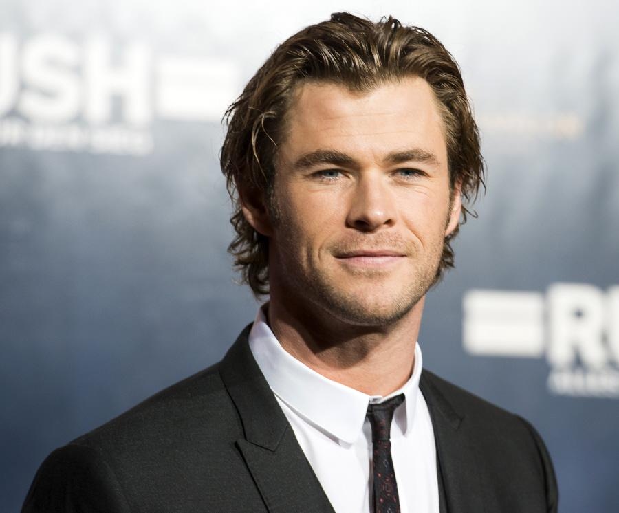 10 Cool Chris Hemsworth Hairstyles