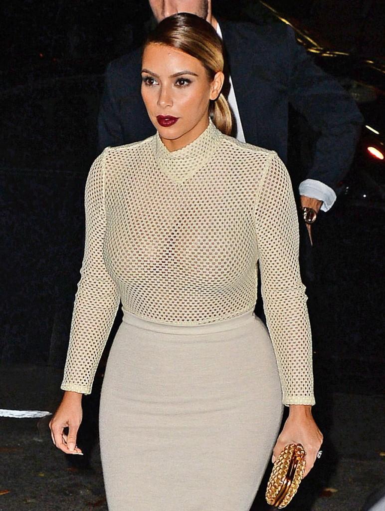 FFN_Kardashian_Kim_KET_111813_51265842