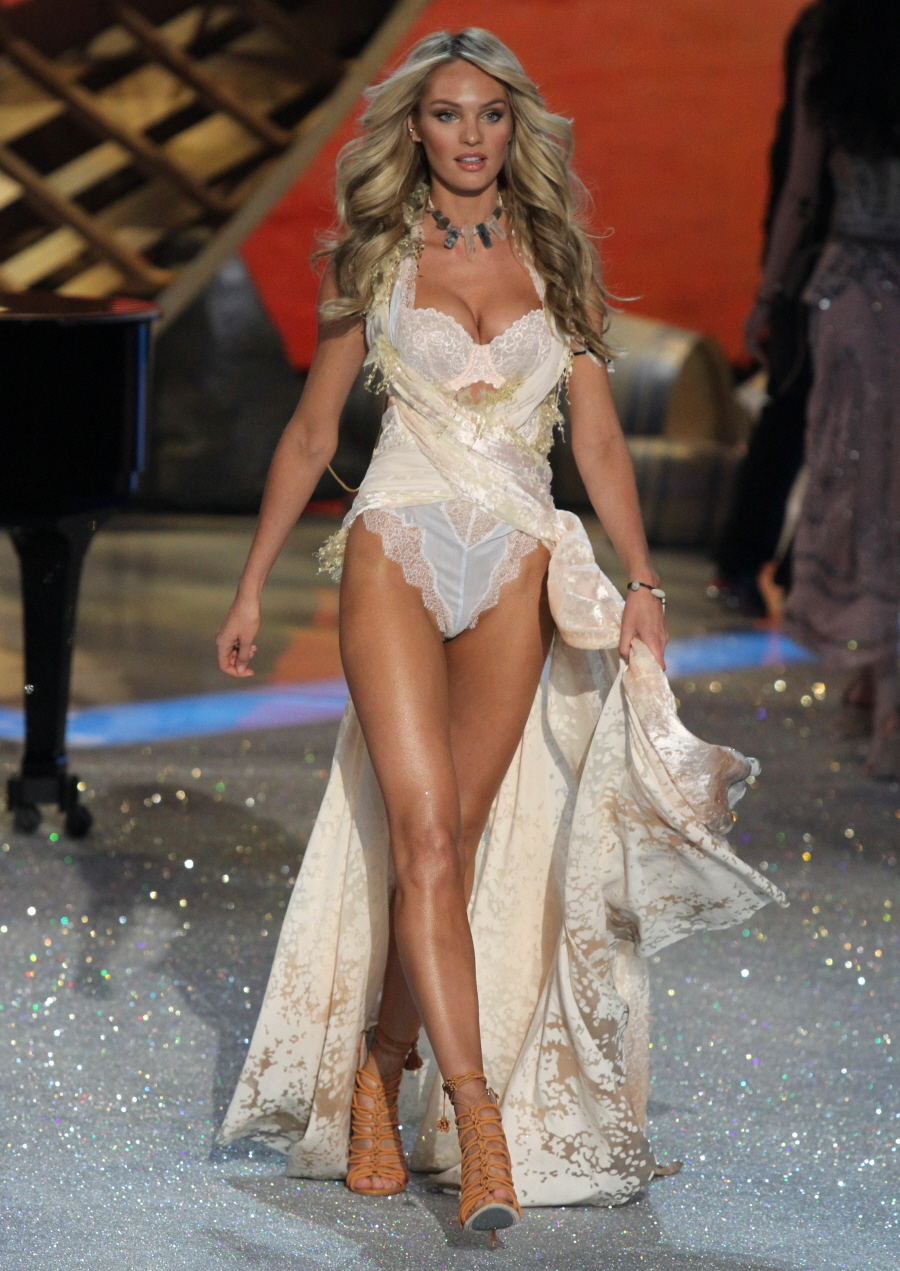 Cele bitchy victoria s secret show photos who looked the best in