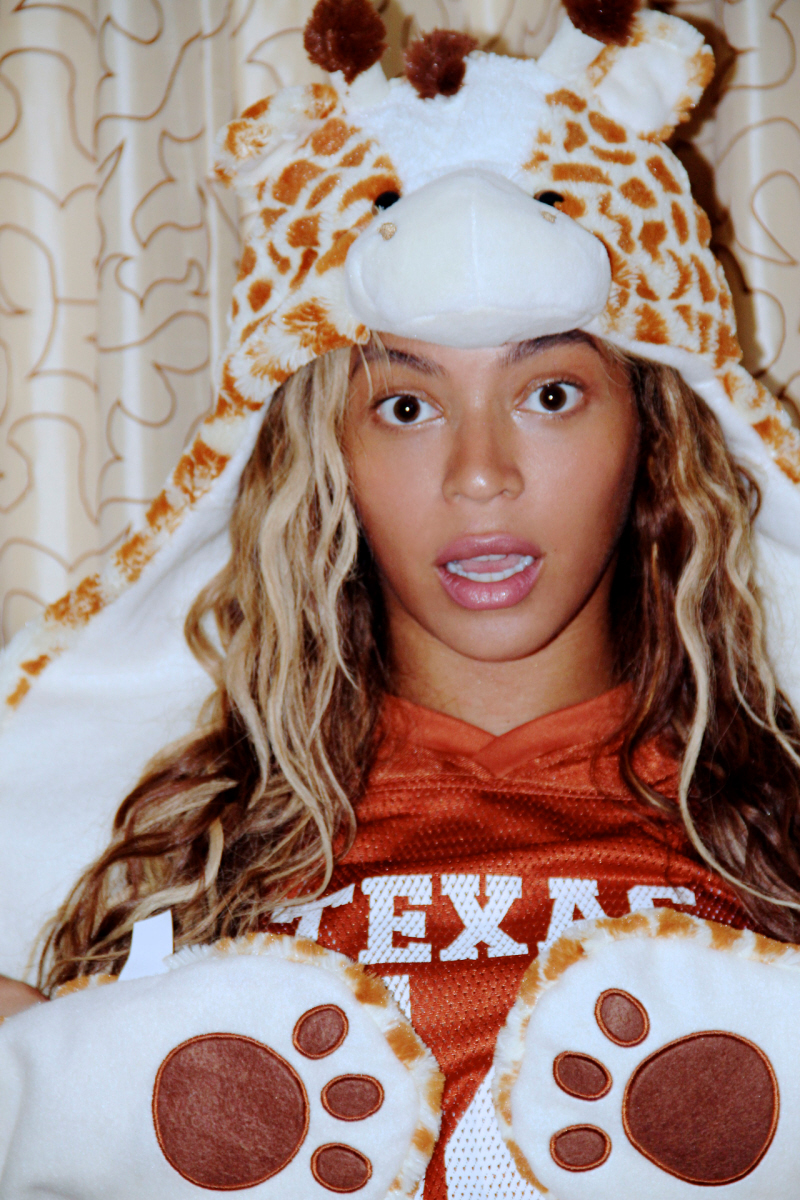 Did Beyonce pull off the music industry's biggest stunt by just being disorganized?