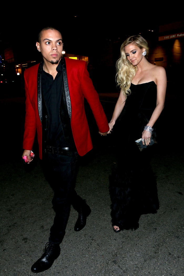 leona naess dating He is the half-brother of actresses rhonda ross kendrick and tracee ellis ross, and of singer leona naess read more about evan ross dating evan ross latest news.