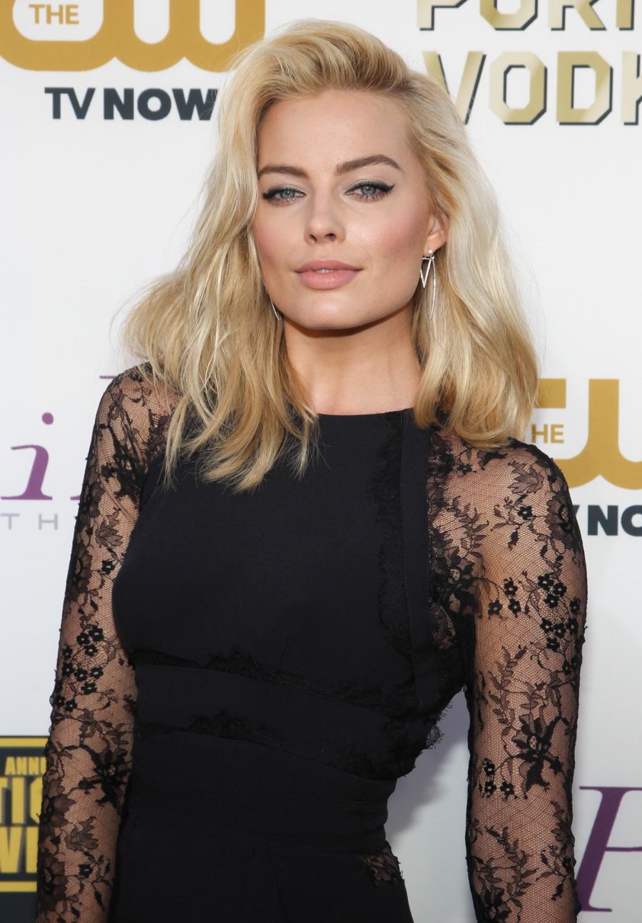 Cele|bitchy | Emilia Clarke is AskMen's #1 'most desirable