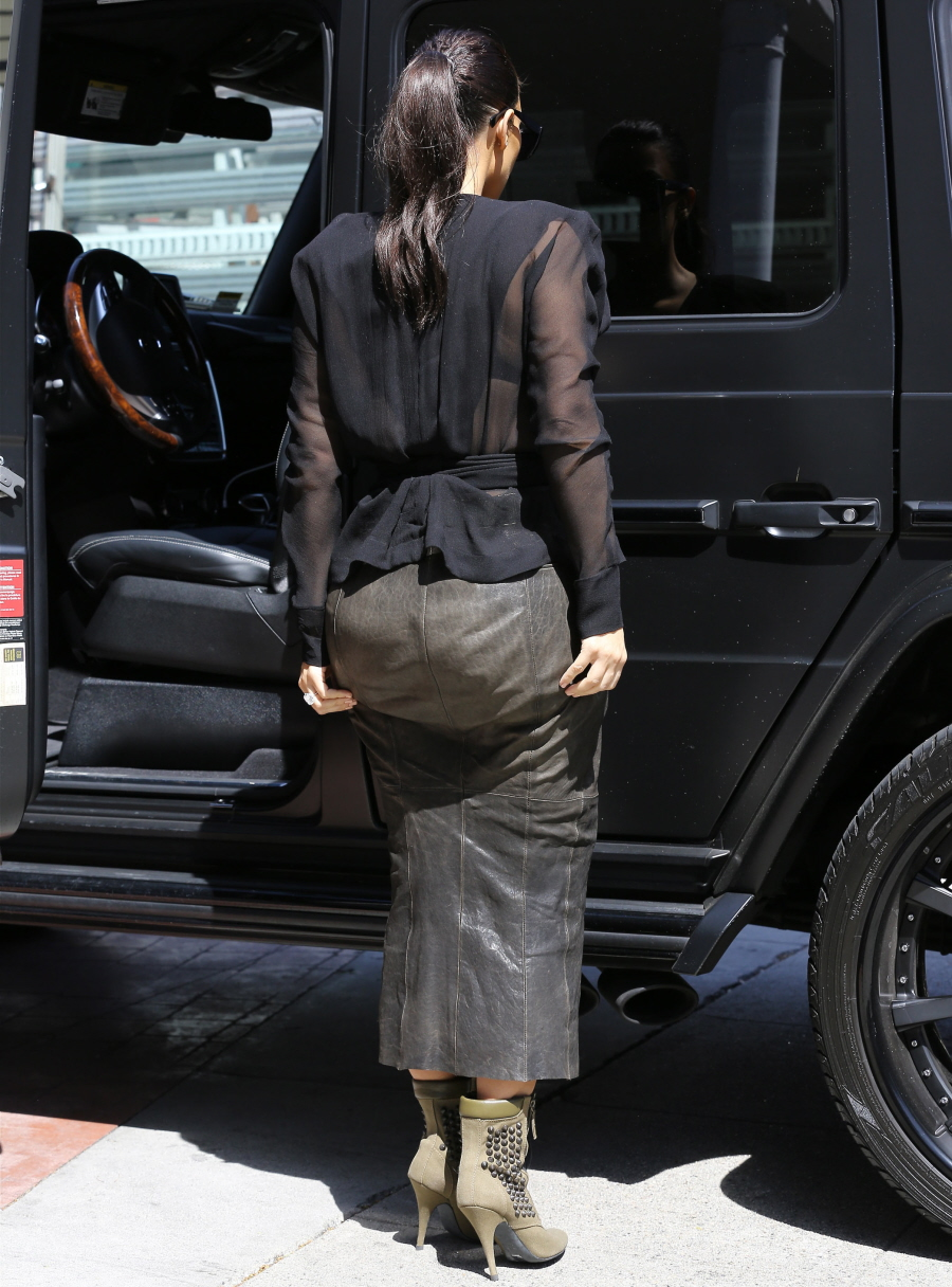 Cele|bitchy | Kim Kardashian steps out in a leather skirt & sheer ...