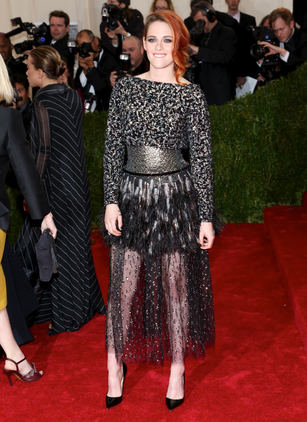 celebitchy kristen stewart in chanel couture at the
