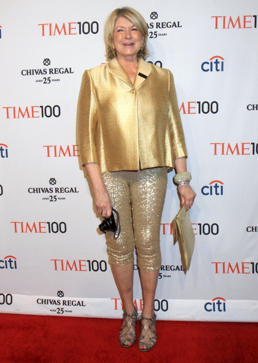 martha stewart essay Free essay: martha stewart, founder and ceo of her own multimillion dollar corporation, martha stewart living omni media was indicted, on charges of lying to.