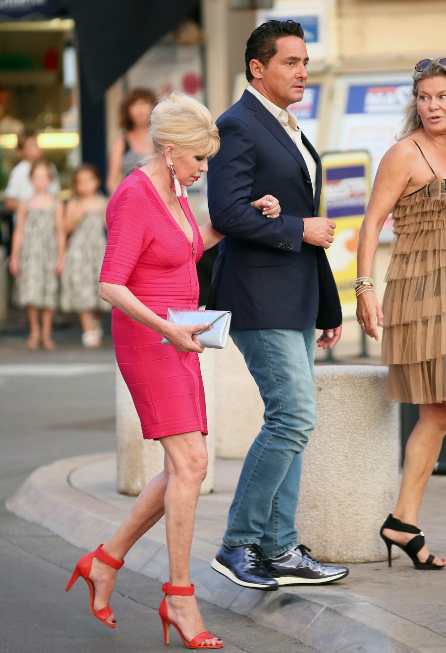 Ivana Trump Pictures to pin on Pinterest